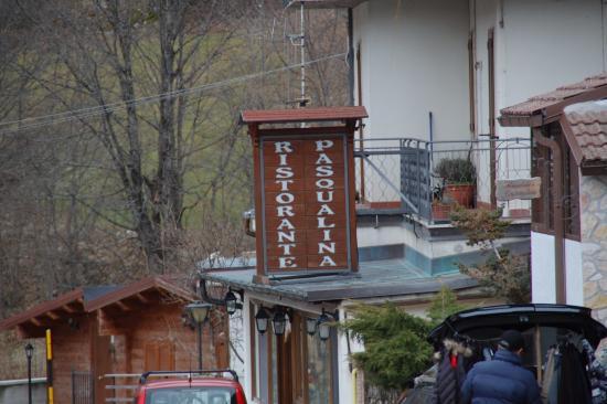 Lucoli, Ιταλία: Insegna