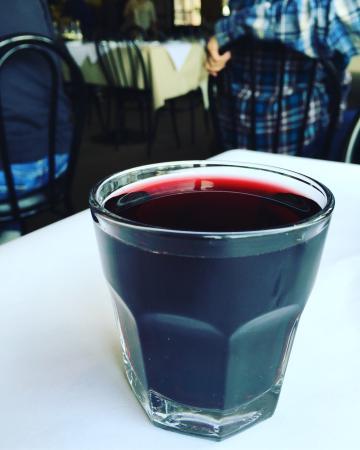 Kenwood, Californie : Drink up!