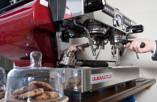 Фарингдон, UK: Lounge and Coffee Area