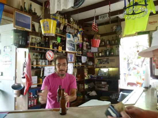 Gustavia, San Bartolomé: Can't Eat? Might as well have a Drink