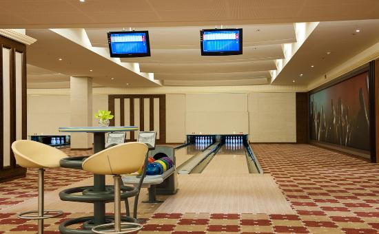 Strike Bowling Alley