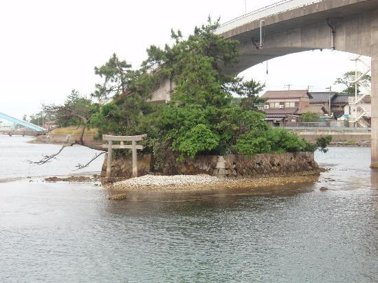 Kyotango, Japonya: 厳島神社