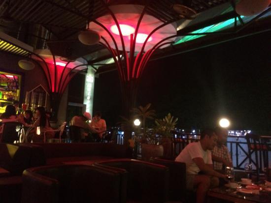 Moloppor Riverside Hotel