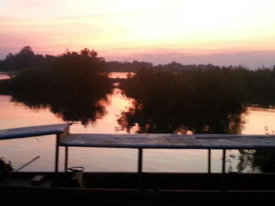 Don Det, Laos: One More Bar