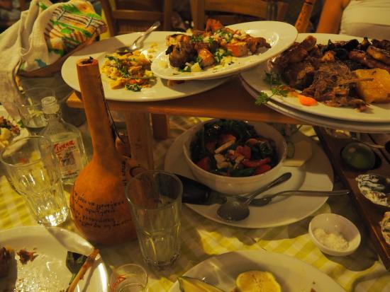 Paralimni, Zypern: Meat meze