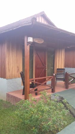 Hotel Arenal Montechiari: Outside of room