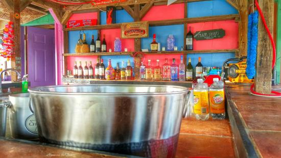 Flagler Beach, FL: Tiki Hut is great for wedding and prep