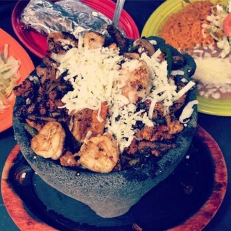 Γενεύη, Νέα Υόρκη: Molcajetes Mexican Grill