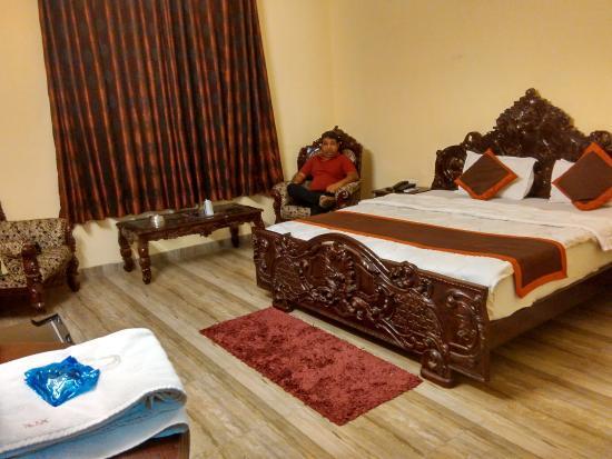 Hotel Laxmi Niwas: Nice room