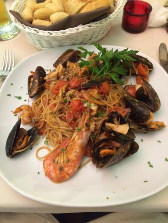 Santo Stino di Livenza, Italia: Antipasto di pesce, buonissimo!
