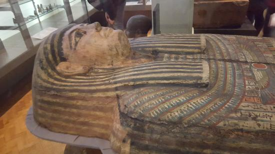 Egyptian sarcophagus picture of the manchester museum for Muralisme mexicain