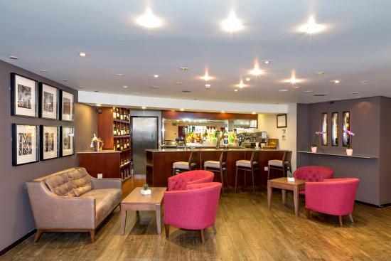 best western atlantic hotel chelmsford reviews photos. Black Bedroom Furniture Sets. Home Design Ideas