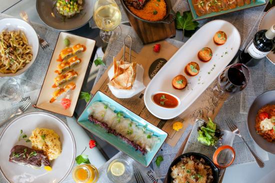 Sonoma Bistro : Good Food + Friends