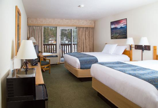 Whitefish, MT: Stay at the refreshed Pine Lodge