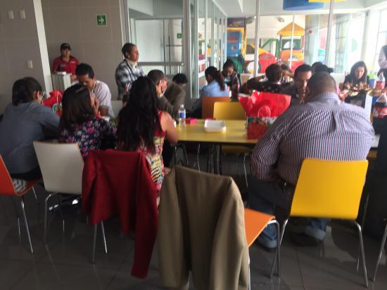 Ciudad Nezahualcóyotl, México: Reunión de fin de año del trabajo