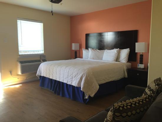เซิร์ฟไซด์บีช, เท็กซัส: King suite