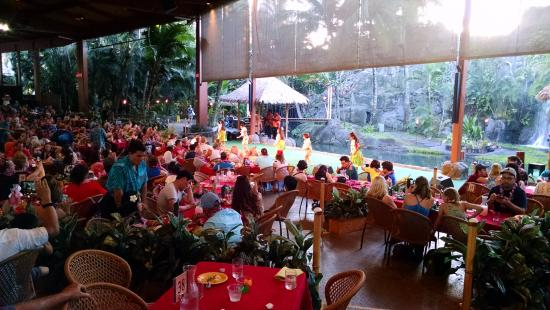 Laie, Havai: Picture from luau 3