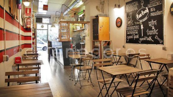 Gran Torino Garage Bar: sala