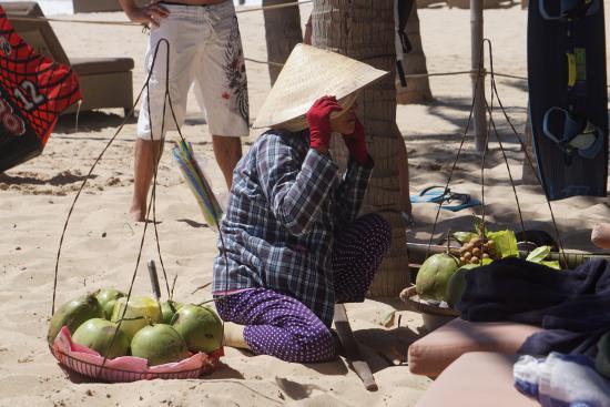 Phan Thiet, Wietnam: Πωλητρια φρουτων
