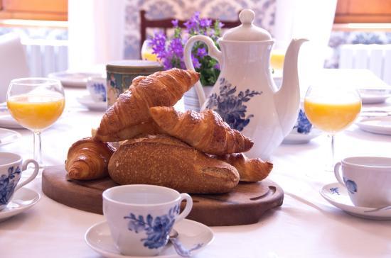Saint-Antonin Noble Val, Γαλλία: breakfast