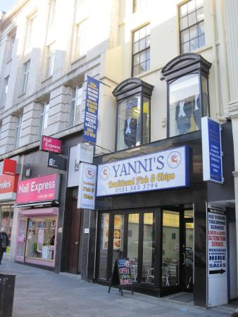 Yanni's Traditional Fish & Chips: Yanni's fish & chips in Lord Street