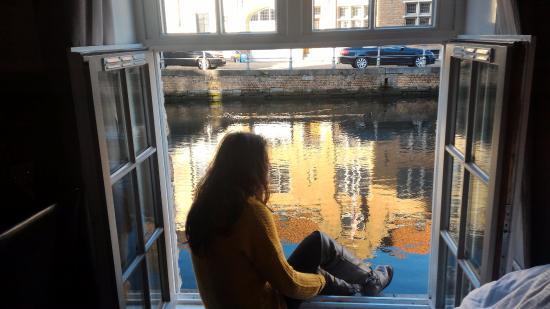 Zdjęcie Canalview Hotel Ter Reien