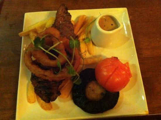 The Black Cow: Steak cooked to perfection!
