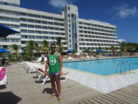 GHL Hotel Sunrise: vista do hotel e area da piscina