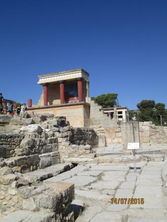 Le Palais de Cnossos : На территории Кносса
