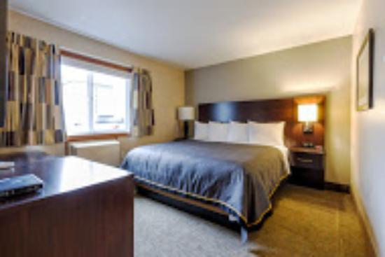 Fargo, ND: King Room