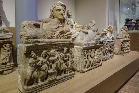 National Museum of Antiquities (Rijksmuseum van Oudheden): Urnas