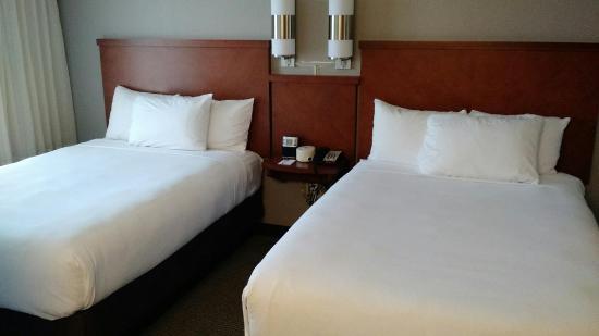 Hyatt Place Oklahoma City - Northwest: beds