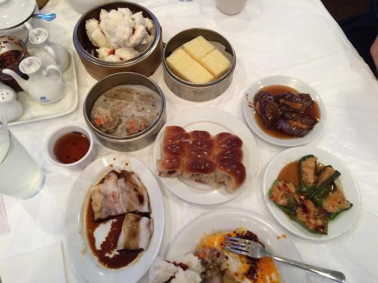 ริชาร์ดสัน, เท็กซัส: Steamed pork buns, shrimp and pork dumplings, sponge cake, kolaches, pork fun rolls, Bo Li hot t