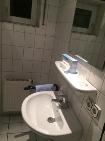 Wettenberg, Deutschland: EZ im Nebenhaus