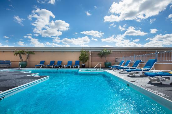 Boardwalk Inn: Pool
