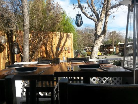 Carmel Valley, CA: OUTSIDE PATIO