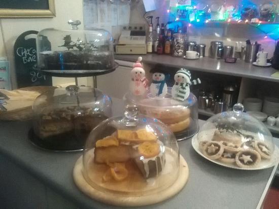 Holmfirth, UK: Cake Selection