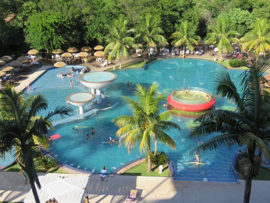 Vista piscina foto de recanto cataratas thermas resort for Cataratas para piscinas
