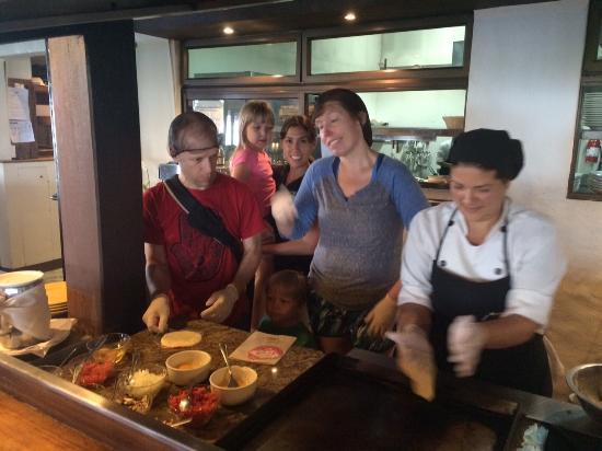 San Ramon, Kosta Rika: Tortillas with Anita!