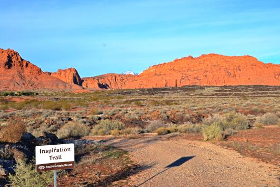 Ivins, UT: Inspiration Trail behind Red Mountain Resort/Photo Walk