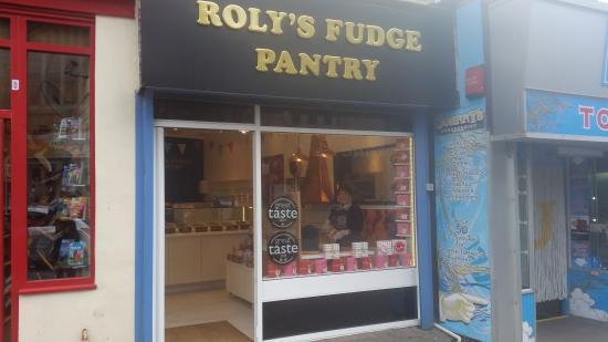 Ньюквей, UK: The New Shop, 56 Bank St