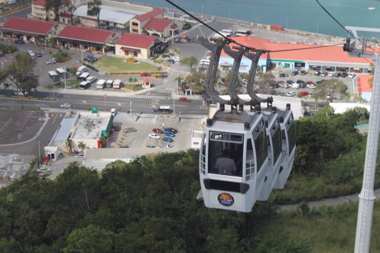 Costa Sur, St. Thomas: View of the cable car