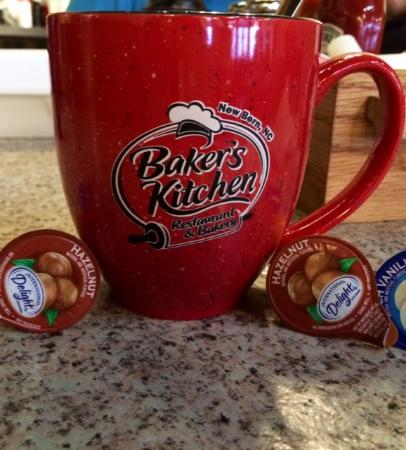 Bakers Kitchen: Famous Red Coffee Cups!