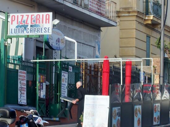 Pizzeria Luna Caprese Sas Di Luna Michelina : Pizzeria