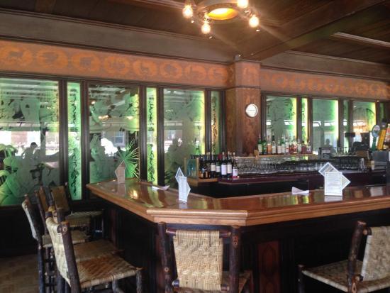 Old Faithful Inn: photo5.jpg