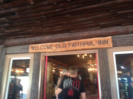 Old Faithful Inn: photo8.jpg