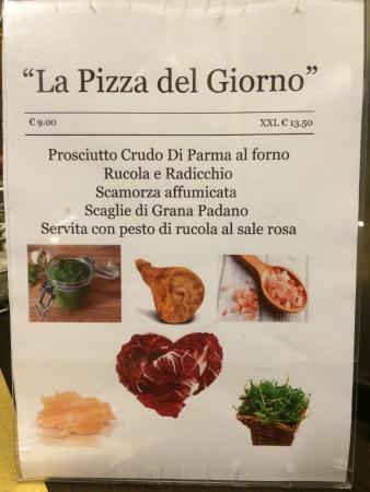 Cesate, Italia: Volantino con la pizza del giorno