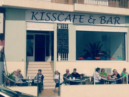Kisscafe & Bar: Nice day!!!