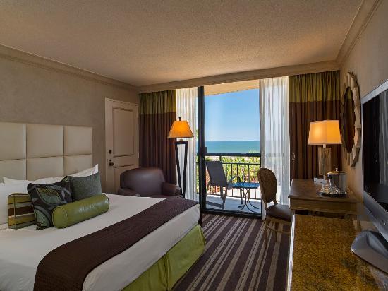 The San Luis Resort: Standard King