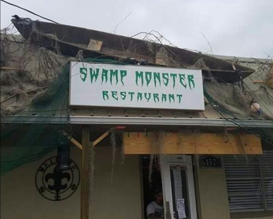 Pearl River, LA: Swamp Monster Restaurant